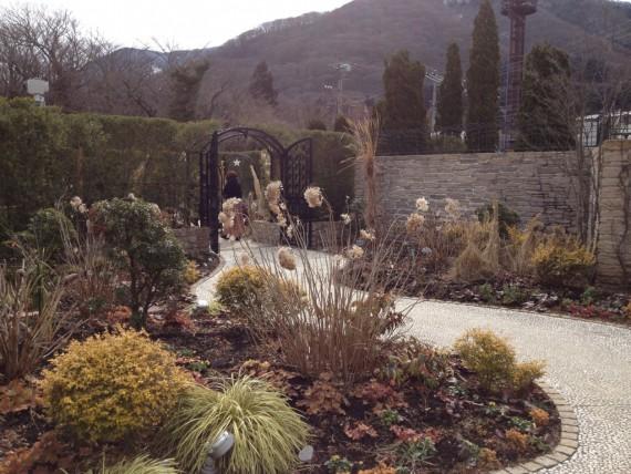 筆者の故郷をイメージした庭