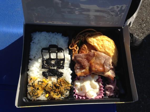 東武8000系記念弁当のお弁当の中身