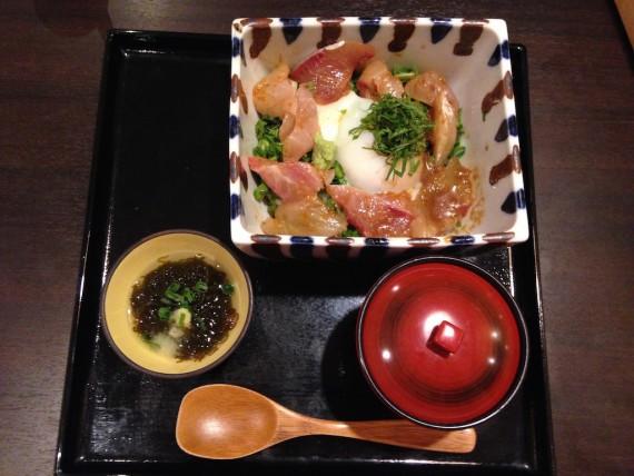 「魚々菜彩 とよ吉」の琉球丼