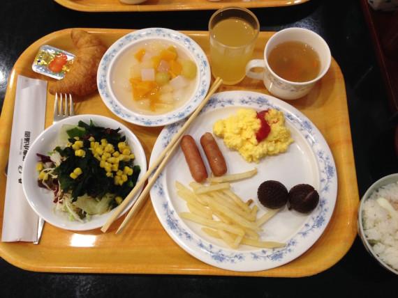 伊東小涌園での朝食