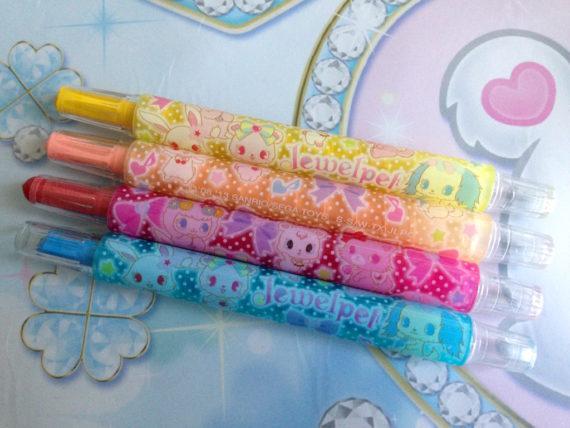 くるりらのペンに描かれているジュエルペット達