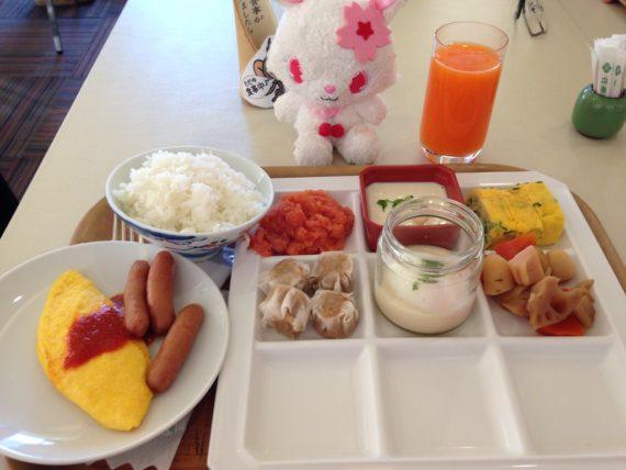 豪華な花菱の朝食バイキング