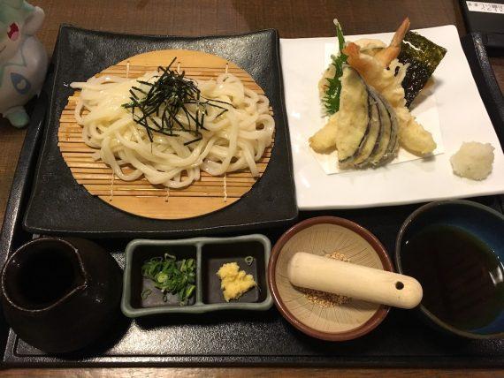 「天然温泉 延羽の湯 鶴橋店」で食べる海老天ざるうどん