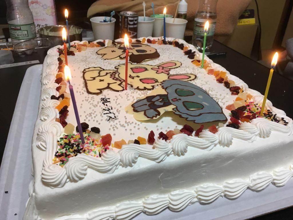 完成したジュゲムペットケーキ(横から)