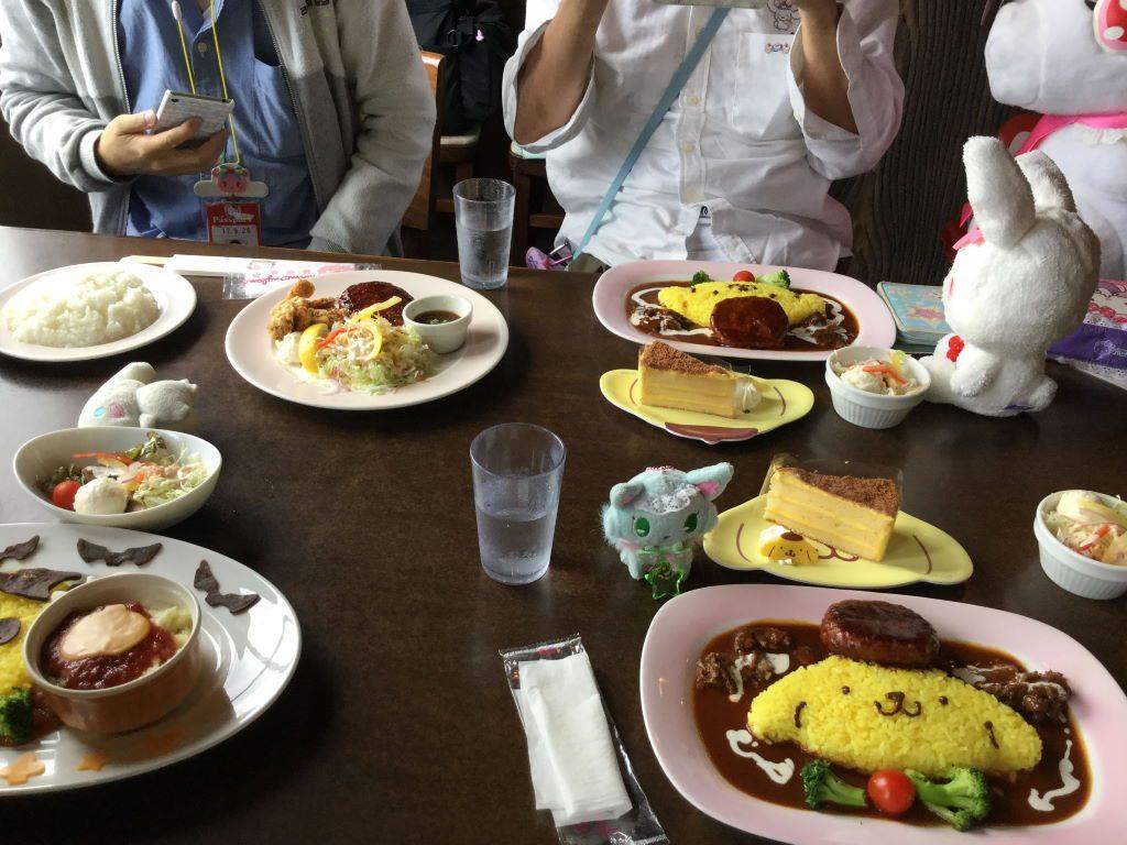 ハーベストテーブルで食べる昼食