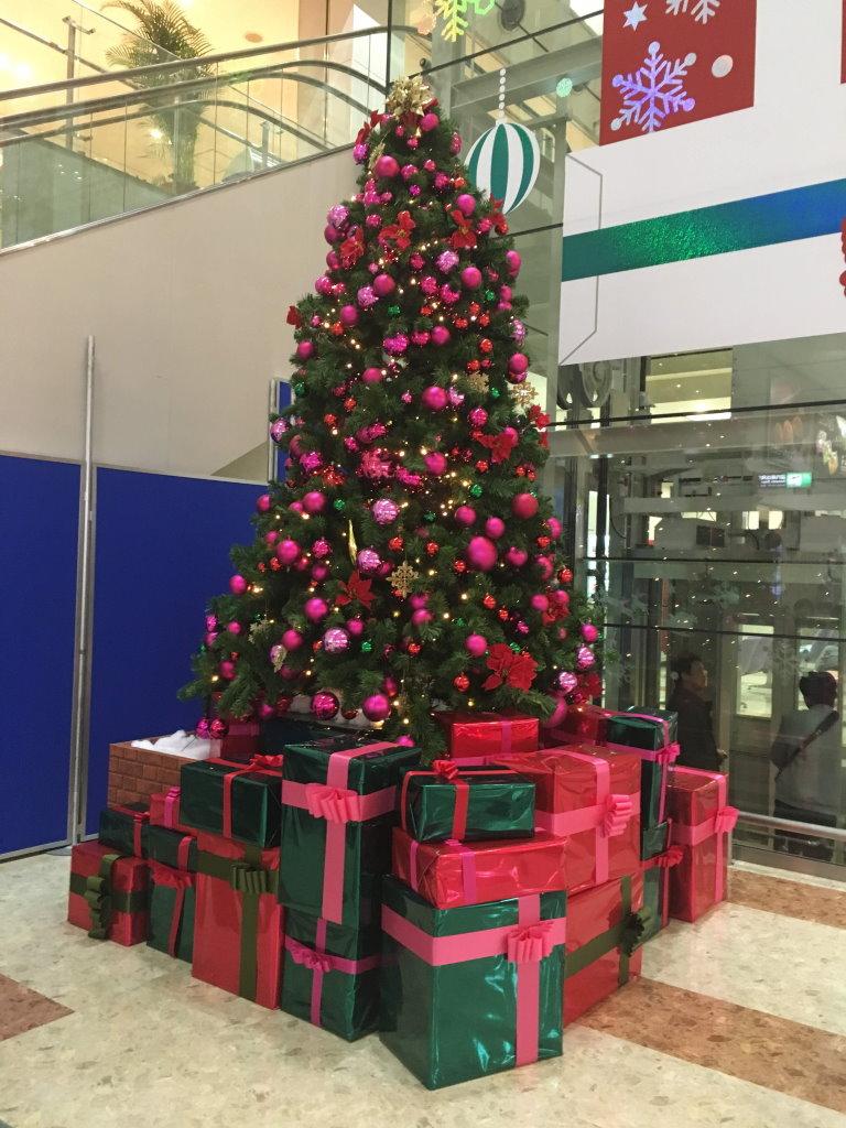大分空港で飾られていたクリスマスツリー