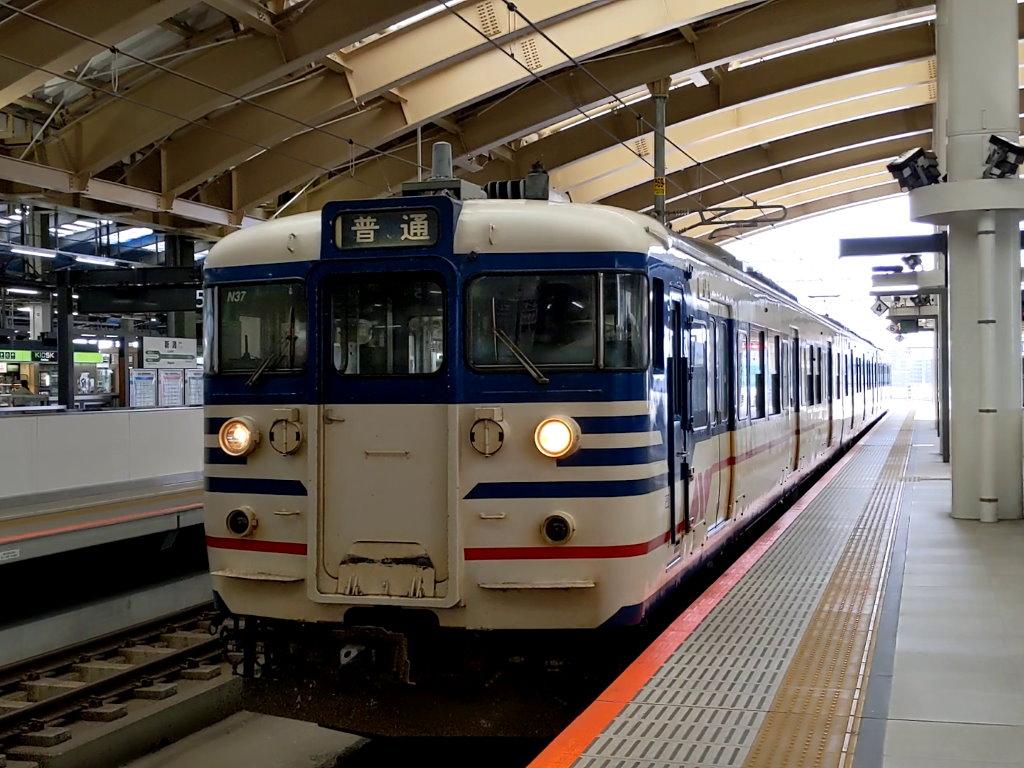新潟駅から乗る電車も多分さっきの115系